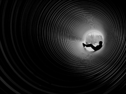 light_at_the_end_of_the_tunnel_by_juhan.jpg